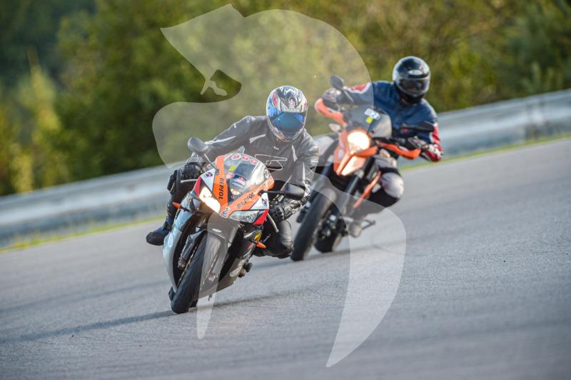 MOTO - jízdy veřejnosti 25.8.2020 - 1. jízda - 0_TRC_0483