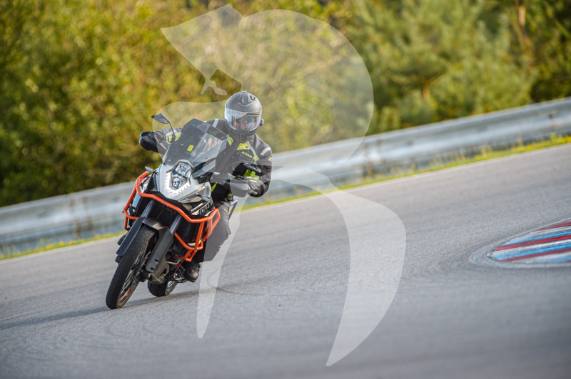 MOTO - jízdy veřejnosti 25.8.2020 - 1. jízda - 0_TRC_0406