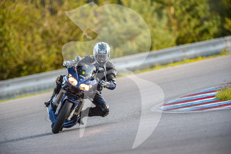 MOTO - jízdy veřejnosti 25.8.2020 - 1. jízda - 0_TRC_0405