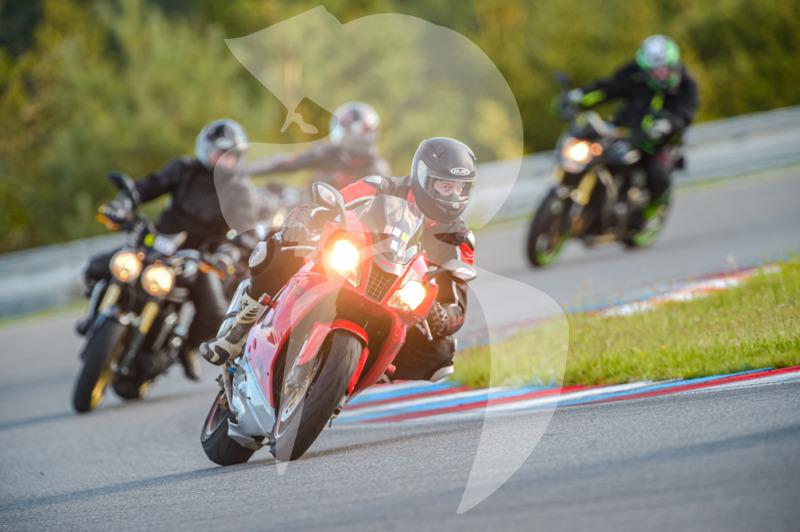 MOTO - jízdy veřejnosti 25.8.2020 - 1. jízda - 0_TRC_0490